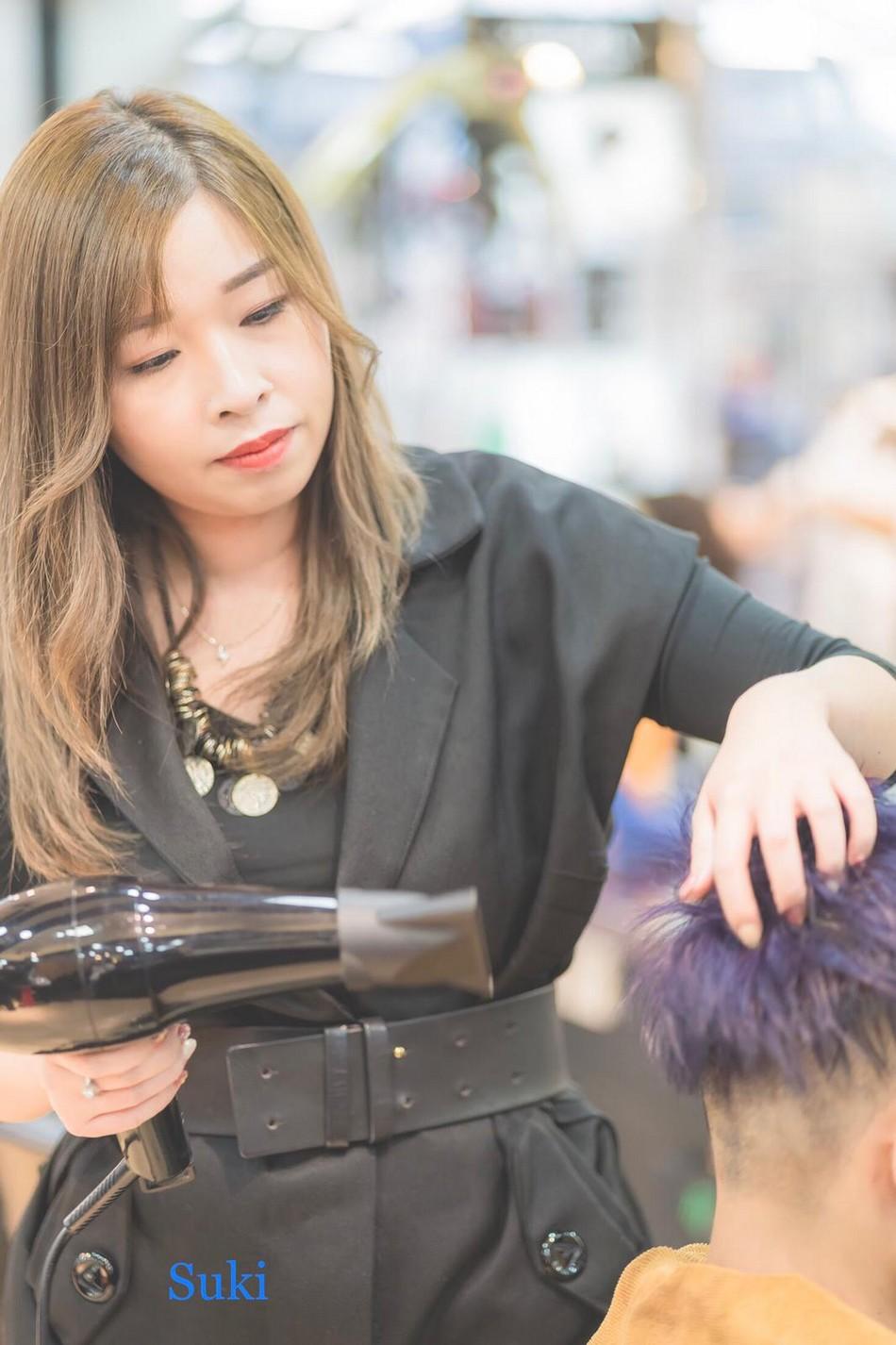 http://www.magic-hairsalon.com/files/2018Suki.jpeg